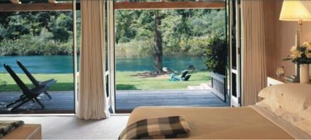 huka-lodge-room2-wide
